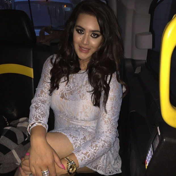Meet Sanjay Dutt's Hot Daughter Trishala   FilmyMama.com ...