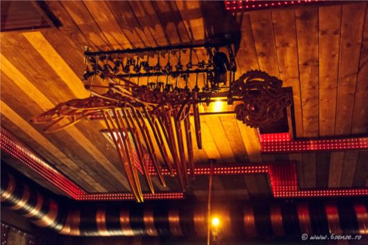 The World's First Kinetic Steampunk Bar