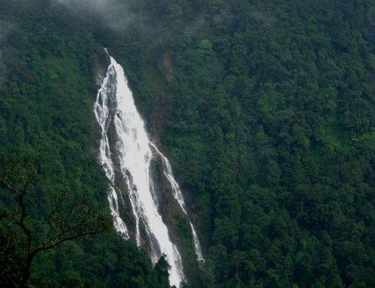 19 Stunning Waterfalls In India
