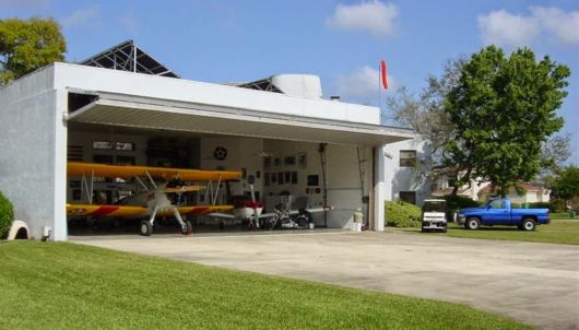 Amazing Spruce Creek Private Airport