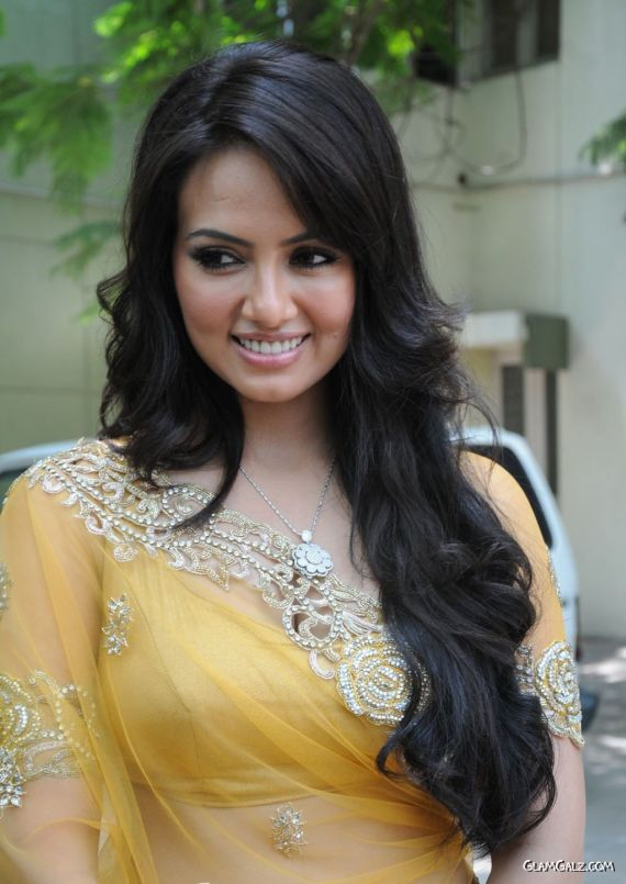 Gorgeous Sana Khan In Yellow Saree