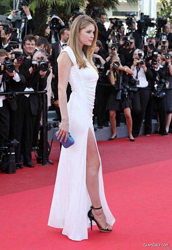 Doutzen Kroes At A Premiere In Cannes