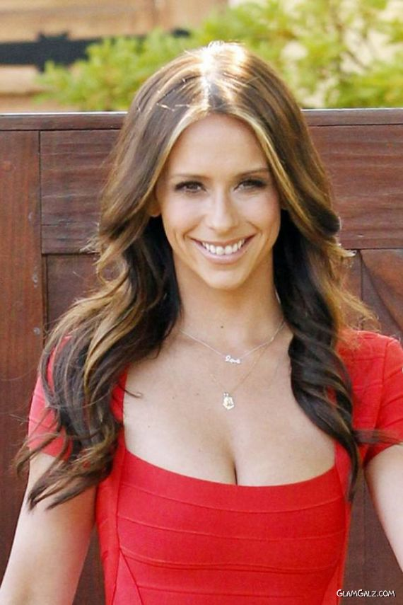 Jennifer Love Hewitt Coming Out Of House