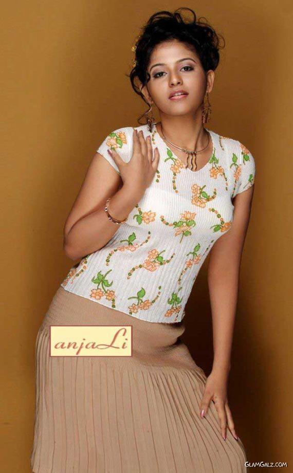 Miss Sri Lanka Anjali Dissanayake