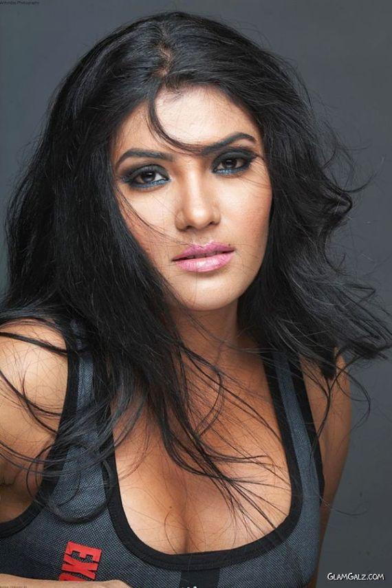 South Indian Actress Rhythamika