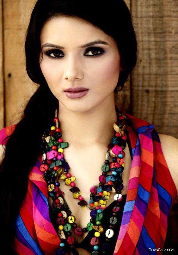 Fresh Tollywood Actress Sejal Sharma
