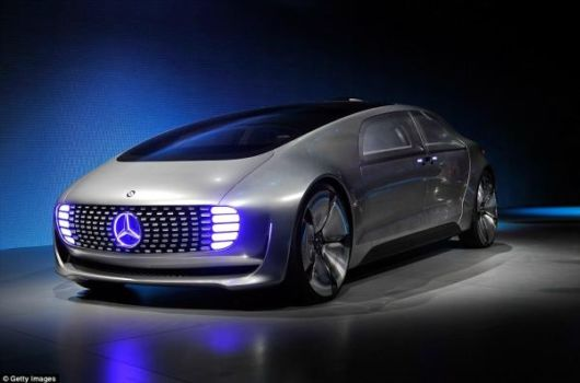 Self Driving Luxury Sedan That Turns Into Mobile Living Space
